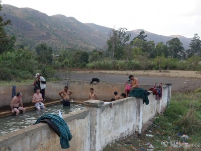 Lac-inle-visasvies-hotspring