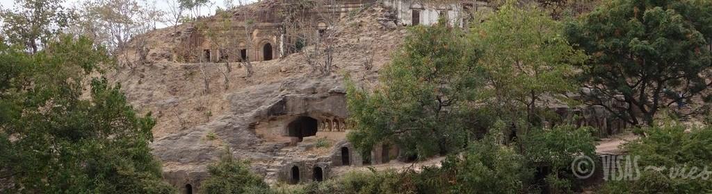 monywa-bouddha-cave-panorama